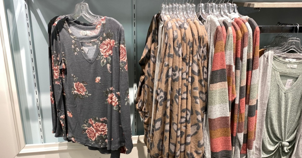 women's tops at maurices