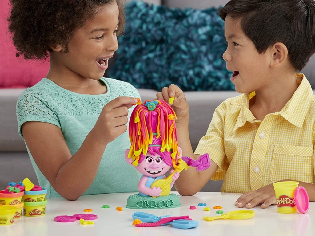 Play-Doh Trolls World Tour Rainbow Hair Poppy Styling Kit