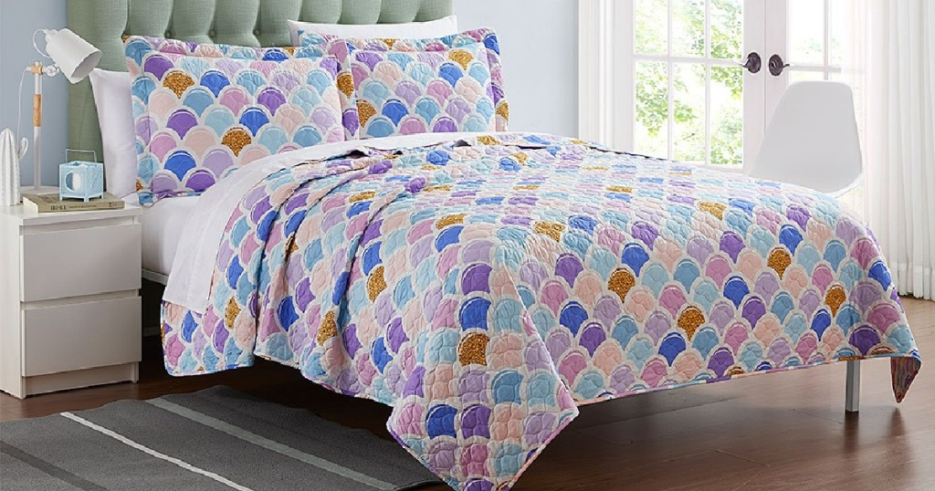 Purple & Pink Scale Madrid Stitched Oversize Quilt Set