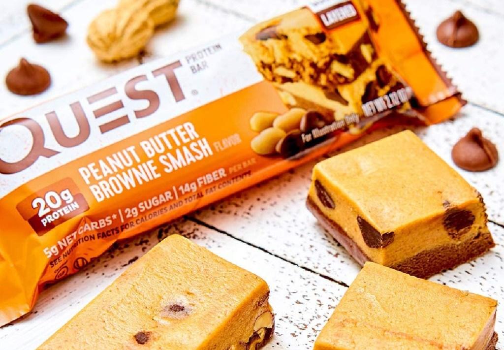 quest peanut butter brownie smash protein bar