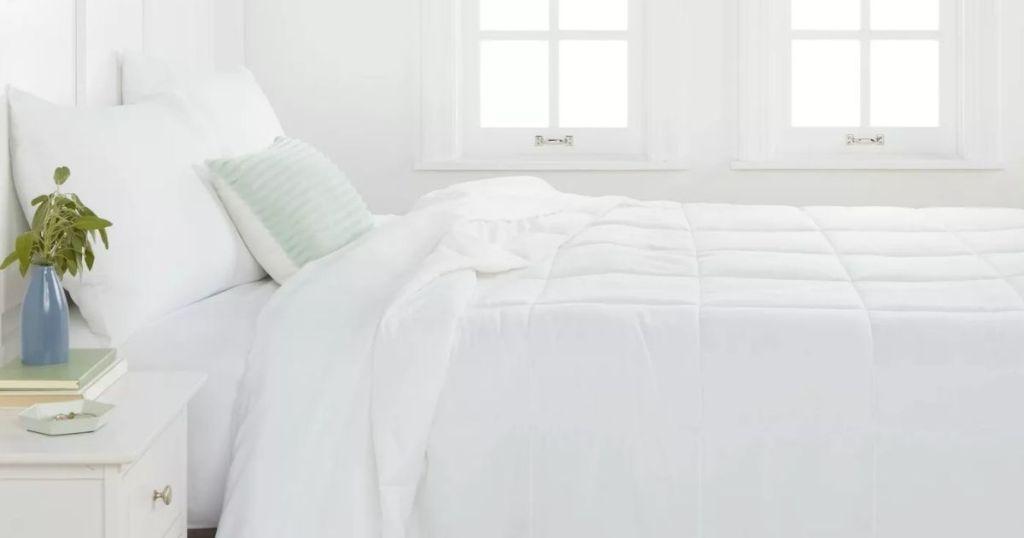 Room Essentials Down Alternative Comforter on bed