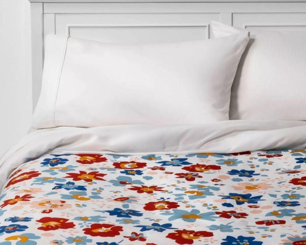 Room Essentials Reversible Floral Comforter on bed