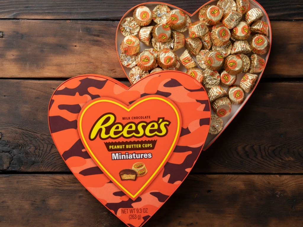 reese's miniature heart candy