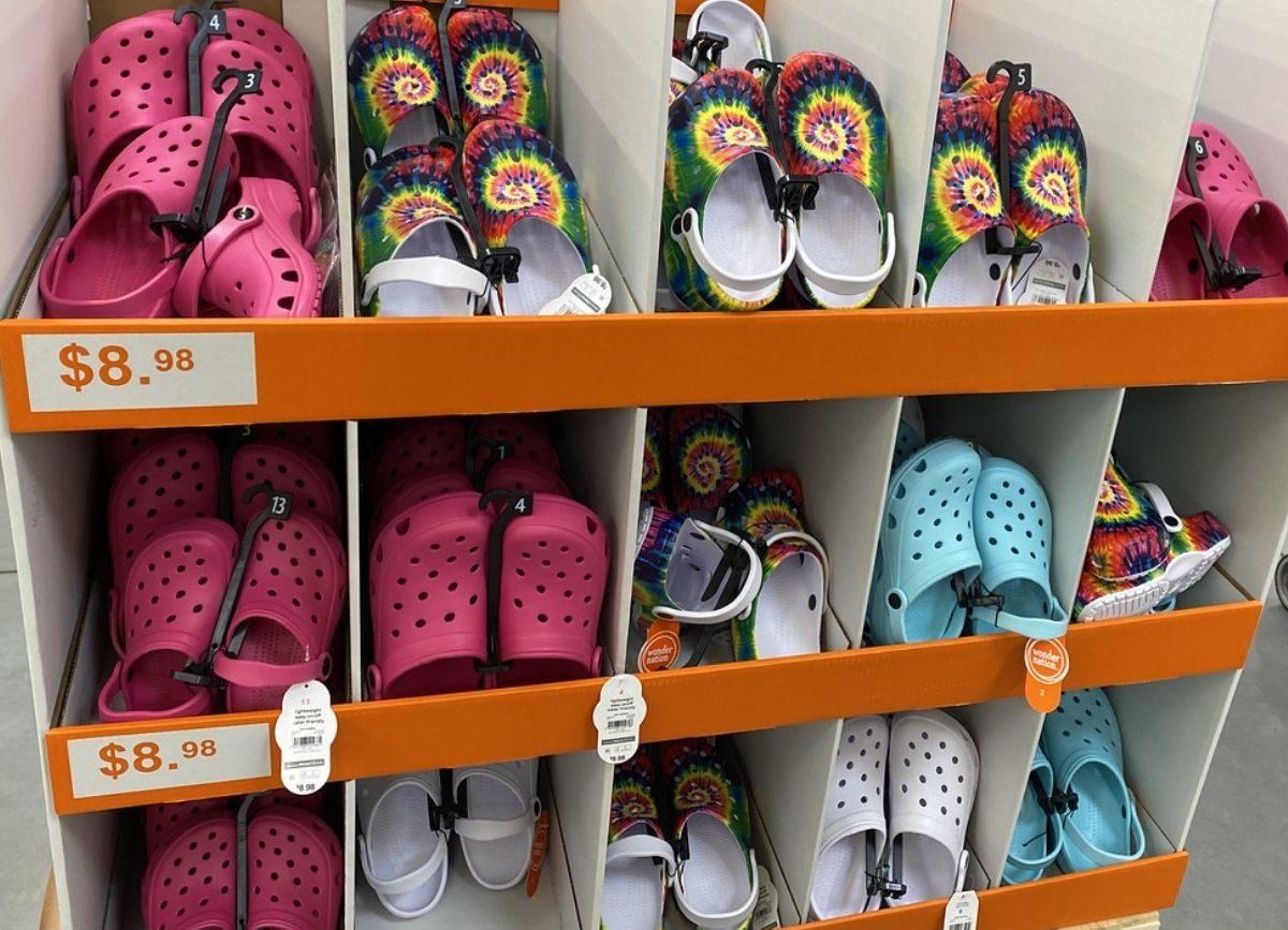 Knockoff Kids Crocs Only $8.98 at Walmart