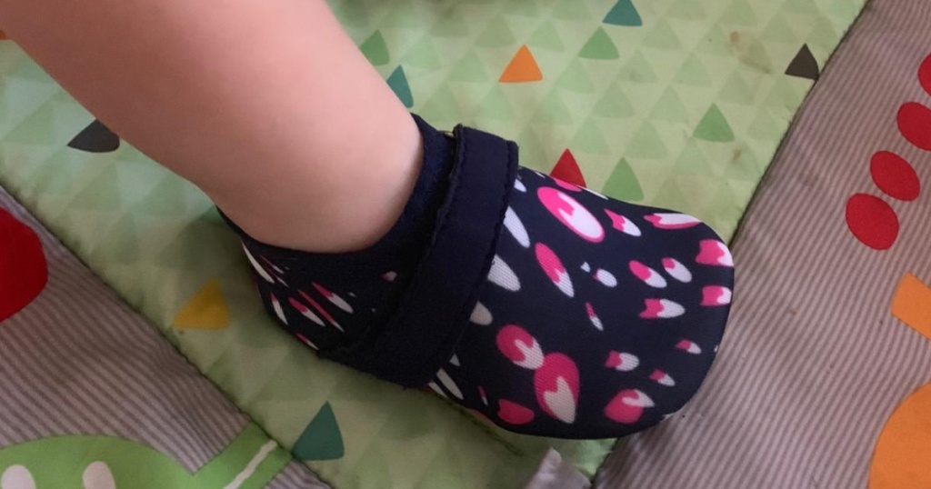 baby water shoe popsicle print