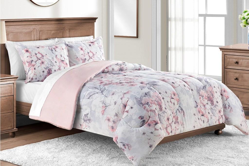 lavender floral bedding set