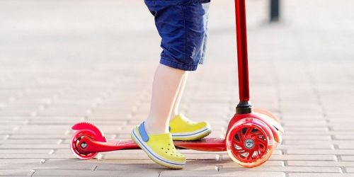 Three-Wheel Scooters w/ Light-Up Wheels Only $23.99 on Zulily