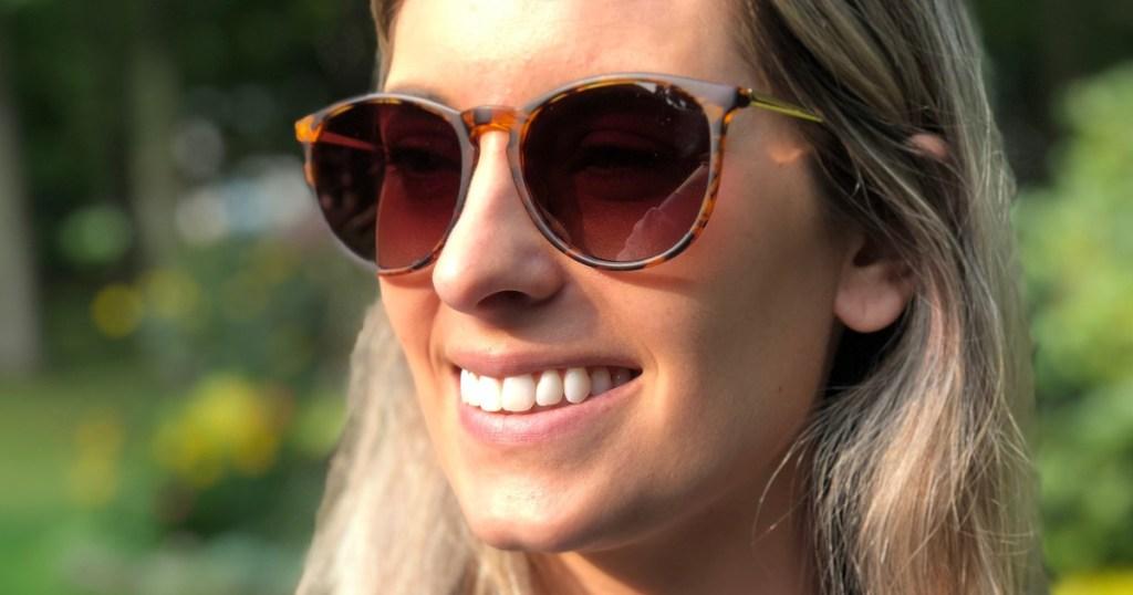 sungait womens retro sunglasses on blonde haired woman
