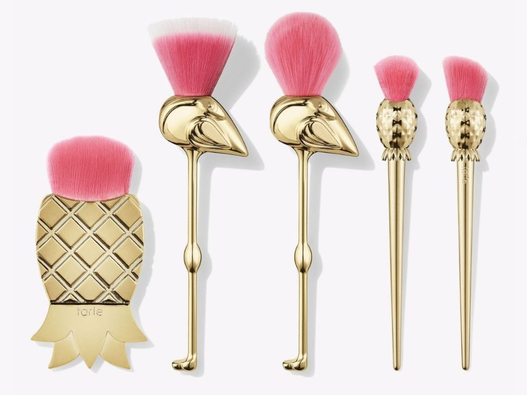 gold flamingo brushes