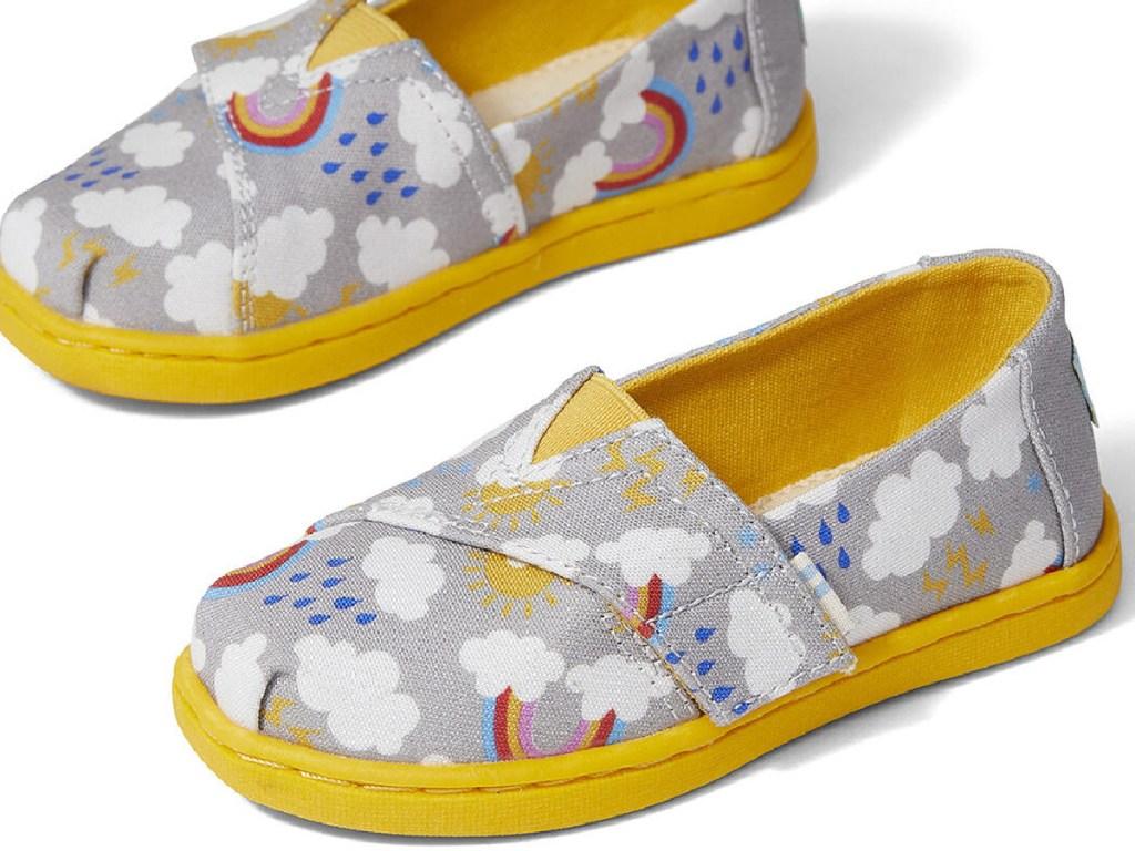 kids rainbow print shoes
