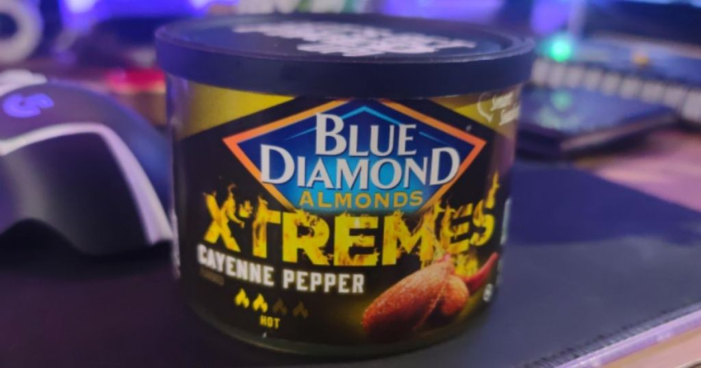 Can of Blue Diamond Almonds Xtremes Cayenne Pepper