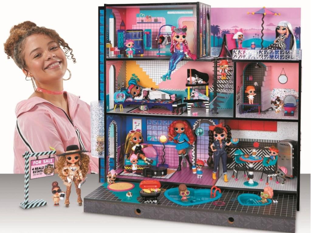 L.O.L. Surprise! OMG Wood Doll House