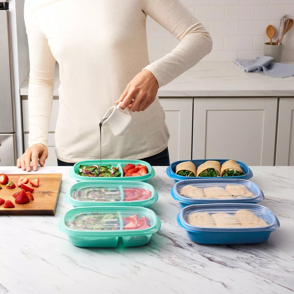 woman filling meals in Rubbermaid Meal Prep Set