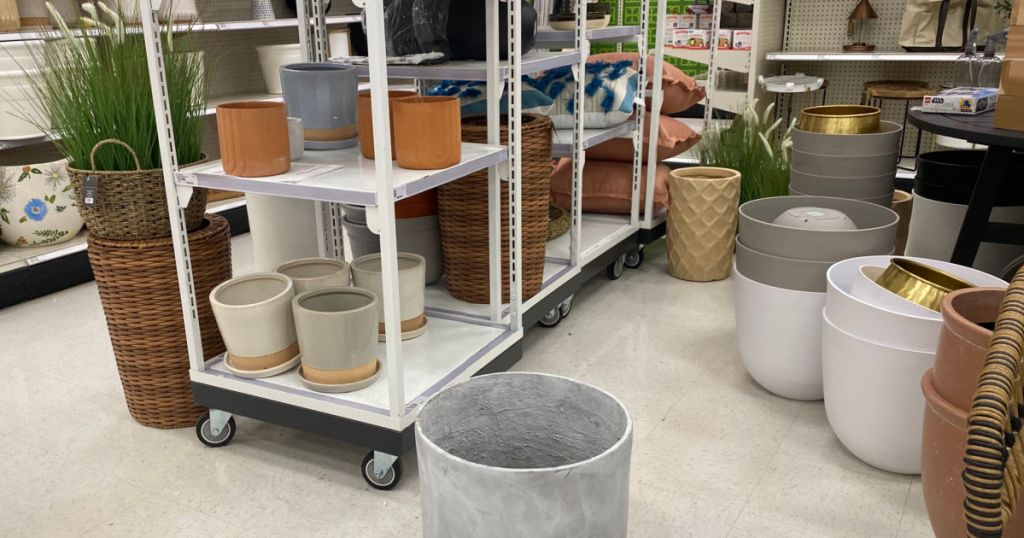 planters in store display