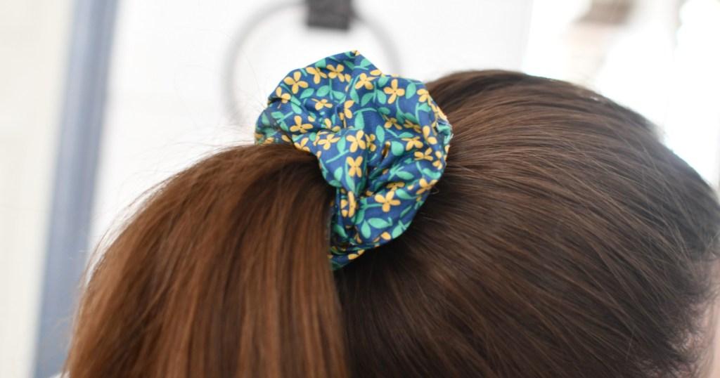 diy scrunchie in a ponytail