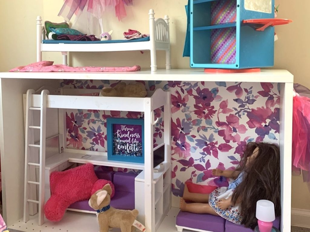 barbie house and accessories and doll