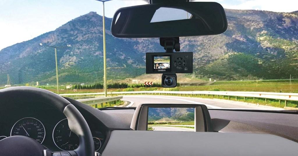 uniden dashcam on rearview mirror