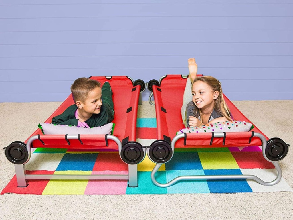 travel bunk bed with kids