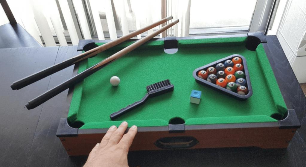 Hey Play Mini Pool Table
