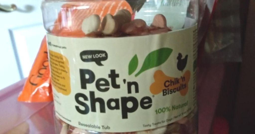 Pet 'n Shape Chik 'n Biscuits Dog Treats container
