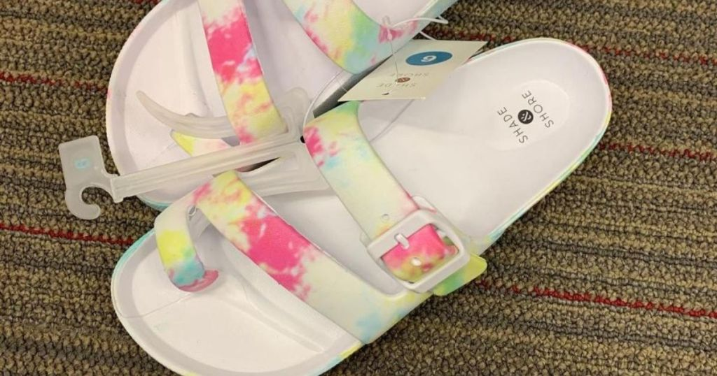 Shade & Shore Sandals (1)