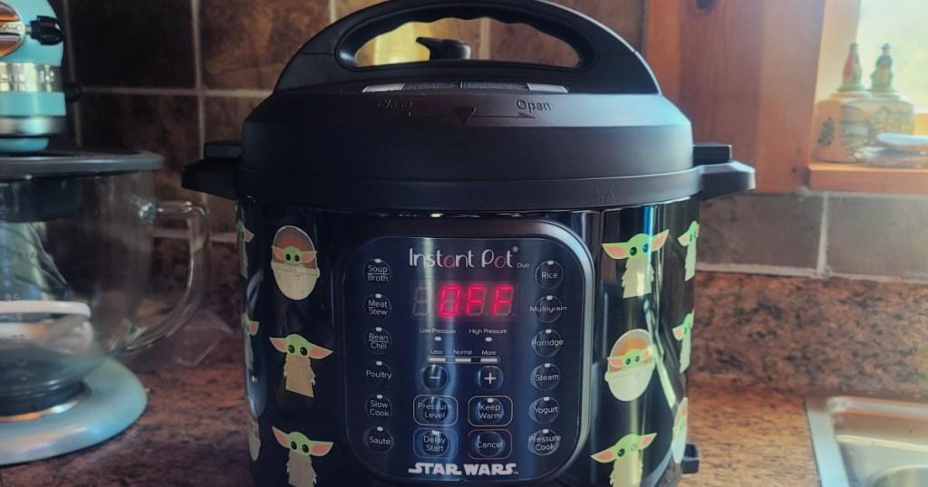 Star Wars Little Bounty Baby Yoda Instant Pot Duo 6-Quart Pressure Cooker