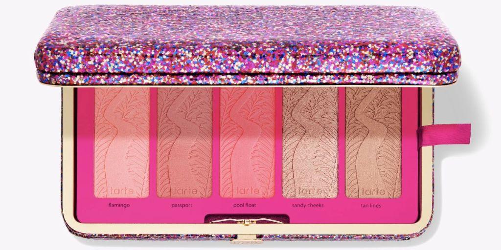 Tarte palette in a clutch