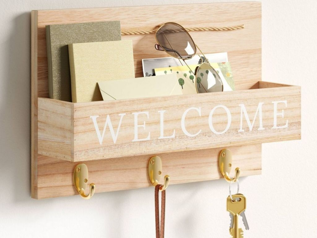 Welcome Mail Holder and Key Rack