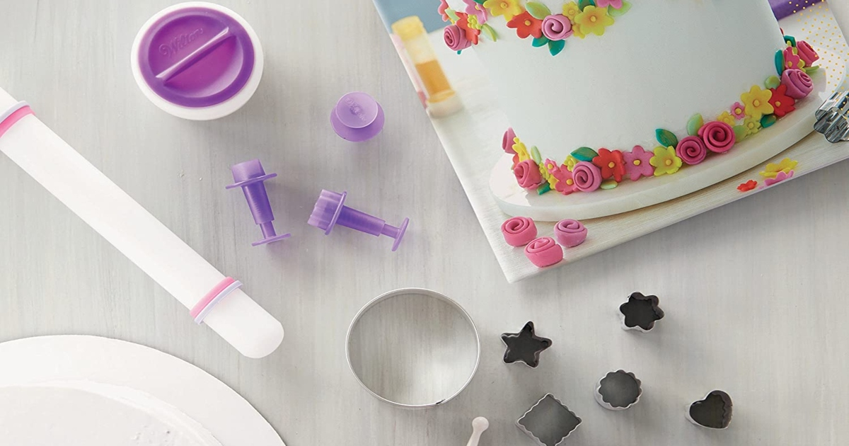 cake cut outs for cake decorating with the instruction book