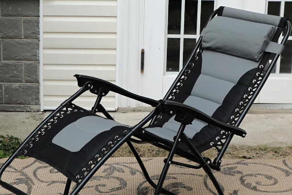 black and gray recliner chair