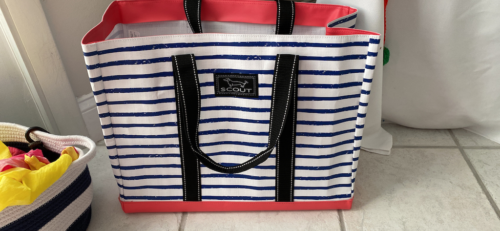 Large Scout striped bag of floor