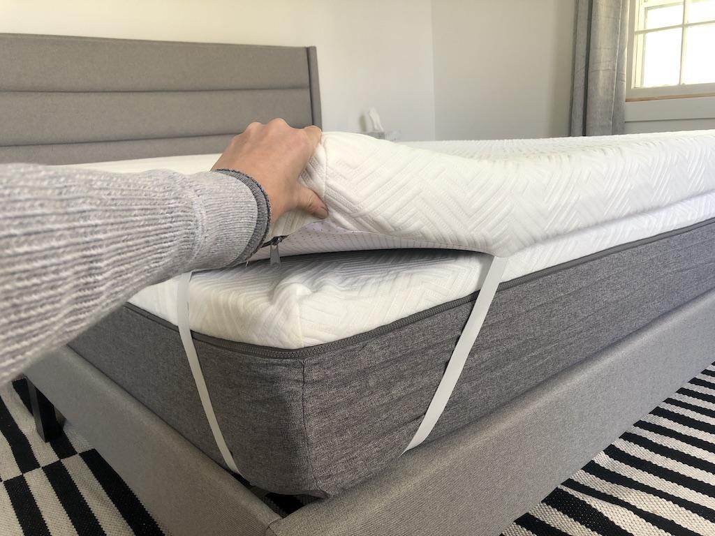 showing Novilla mattress and pad up close