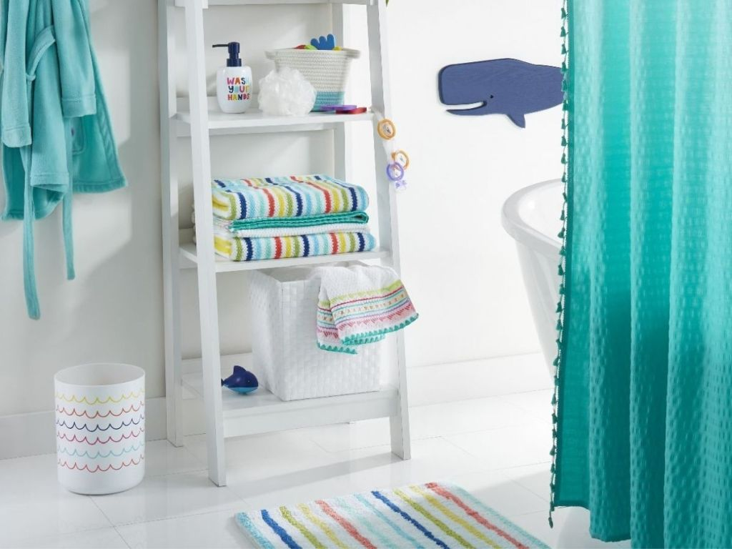 striped theme bathroom items