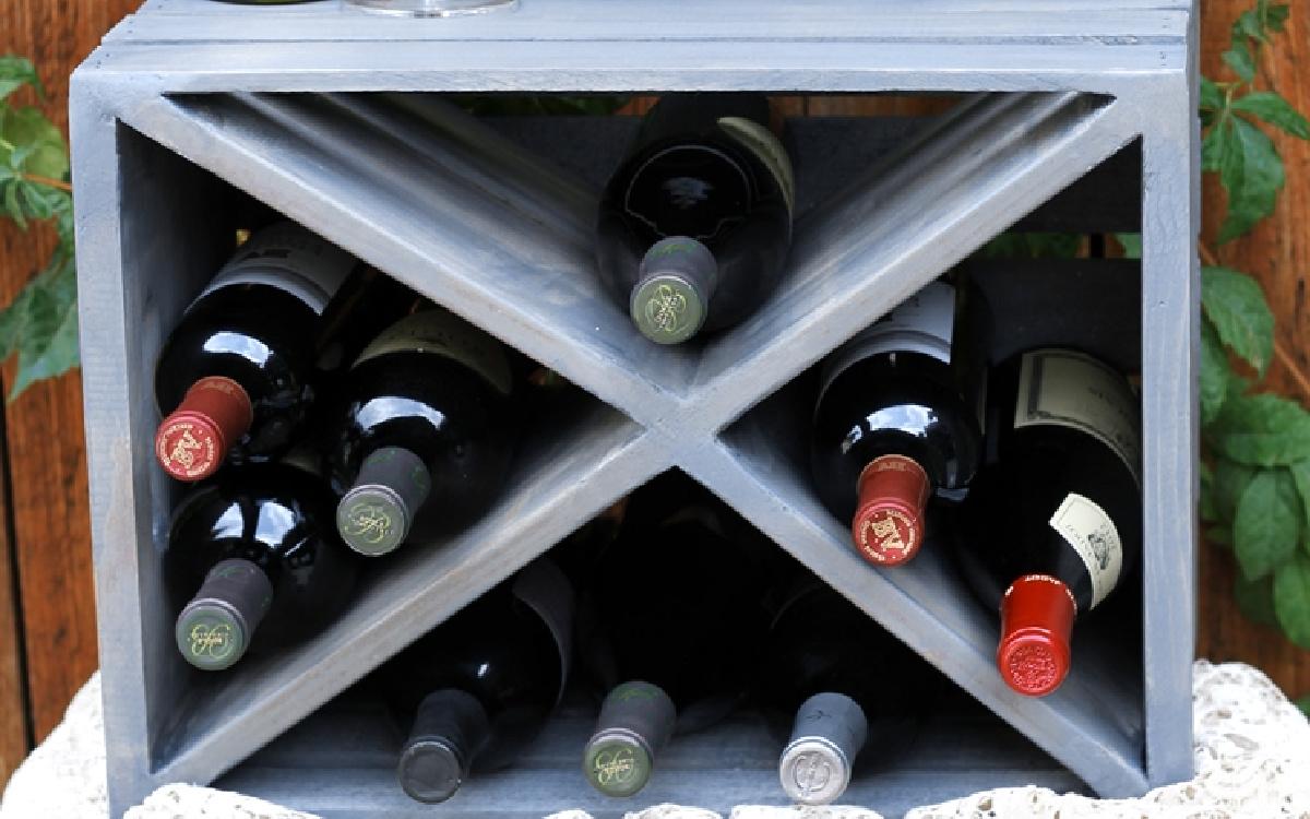 gray crate wine box