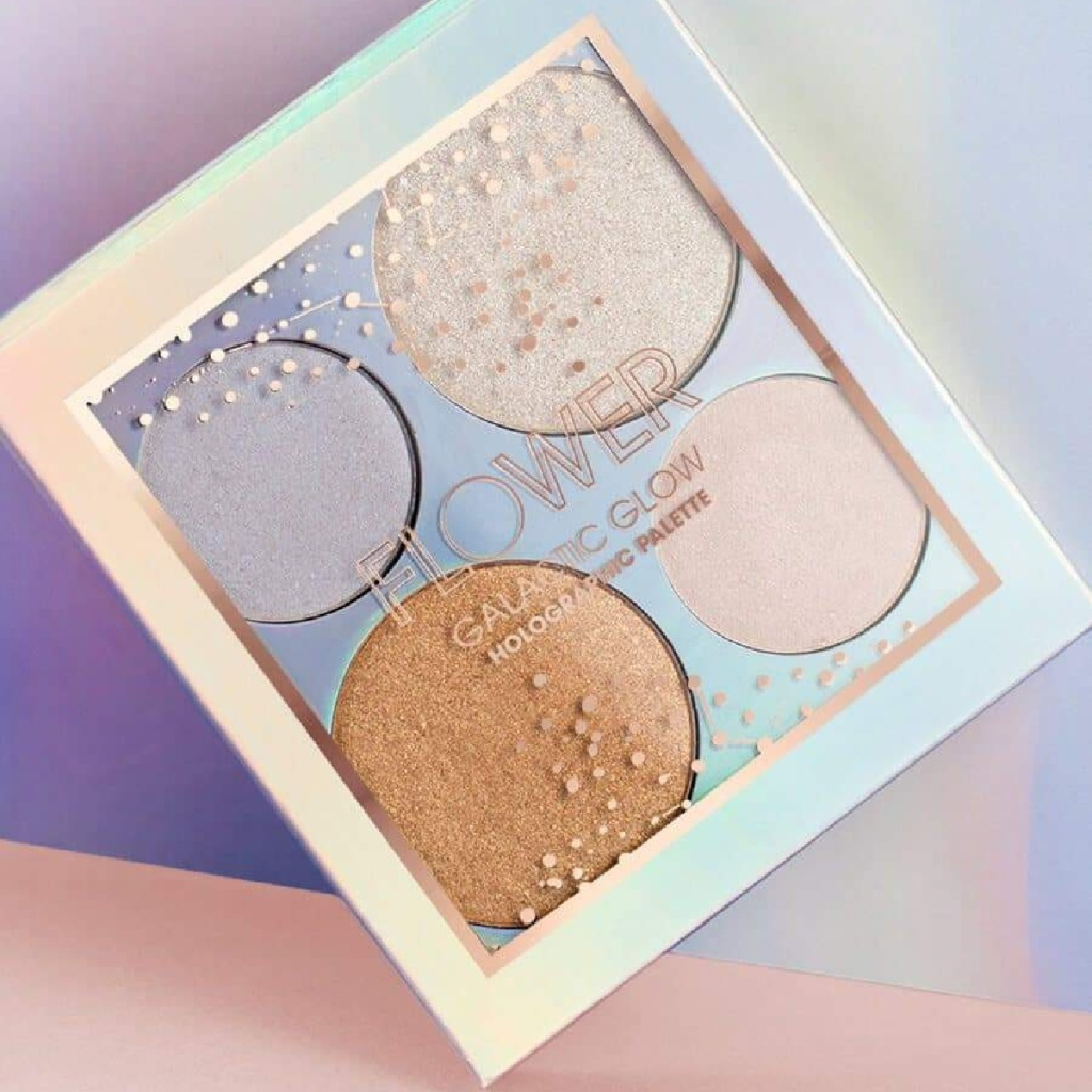 eyeshadow palette with four colors