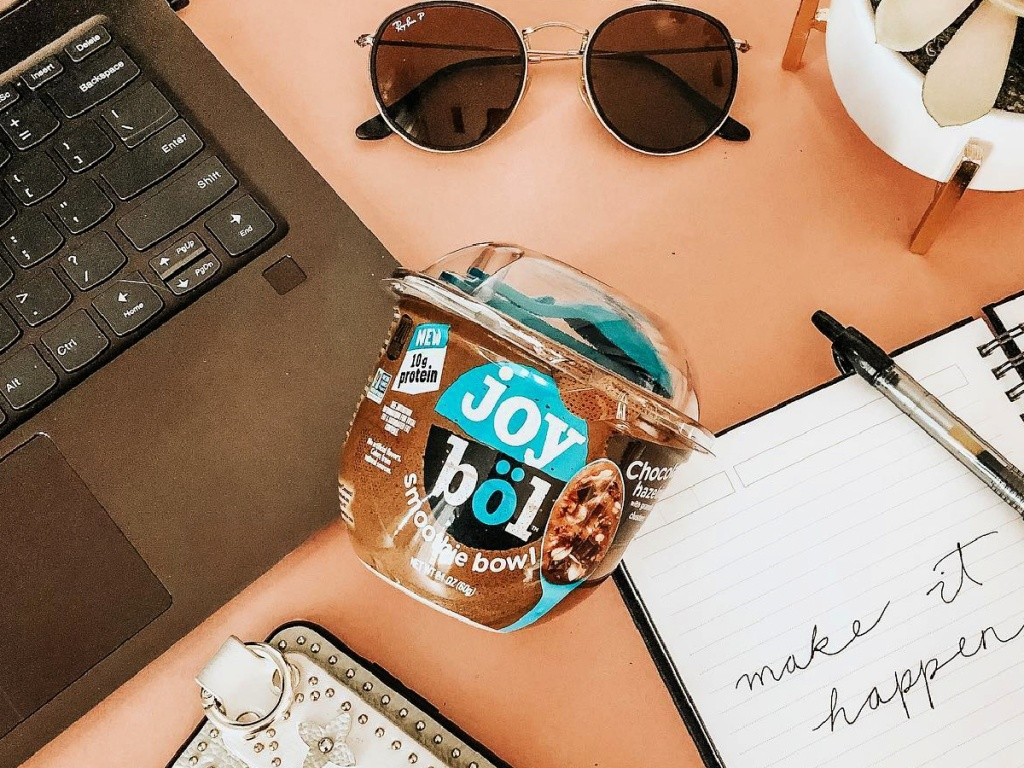 Kellogg's joybol Chocolate Hazelnut on desk
