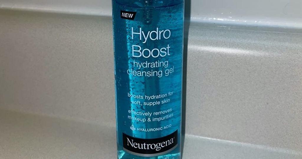 bottle of Neutrogena Hydro Boost Cleansing Gel