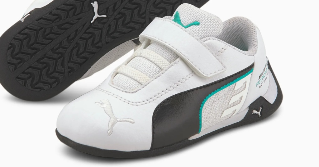 white sneakers for toddlers with green and black