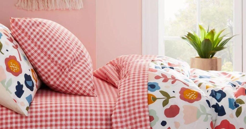 Pillowfort Bedding