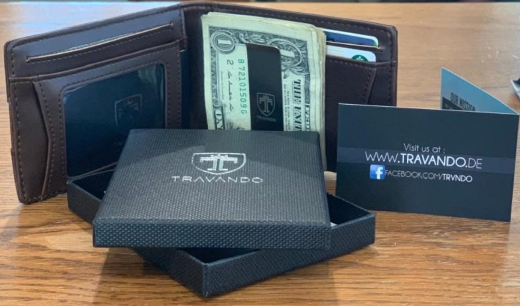 Travando Men's Slim Wallet with Money Clip