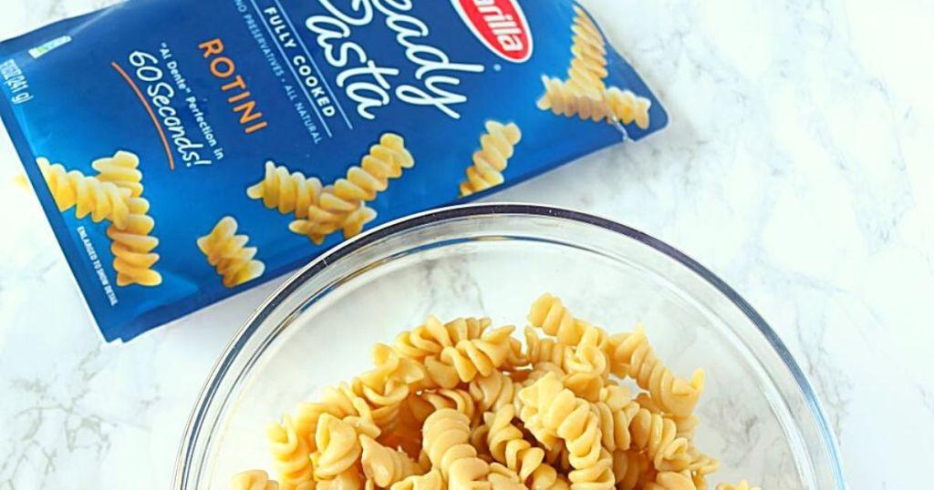 rotini pasta and bowl