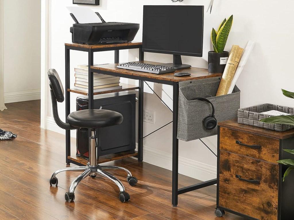 desk with built in shelves