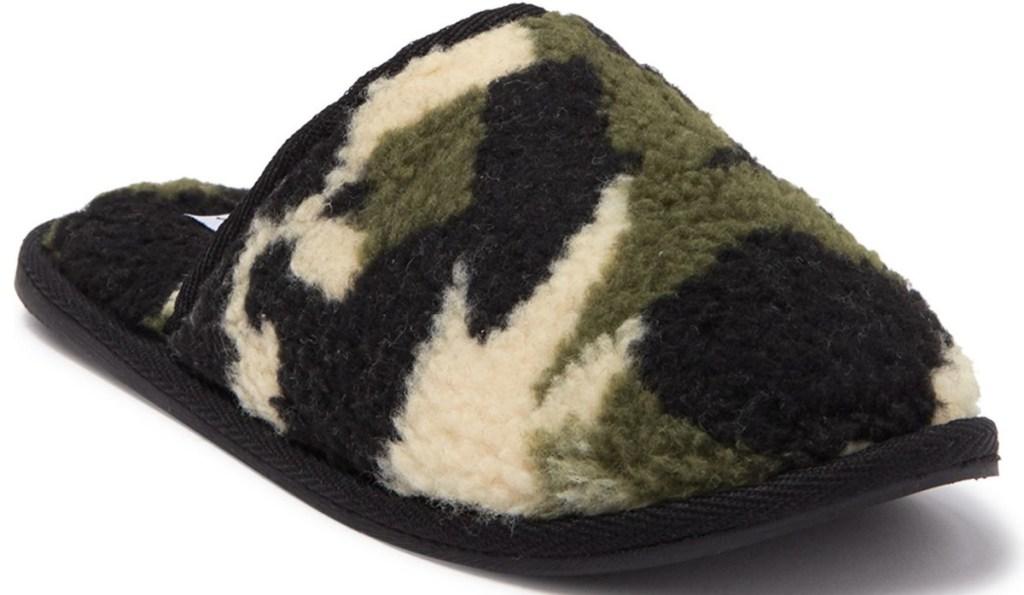 steve madden camo fuzzy slippers
