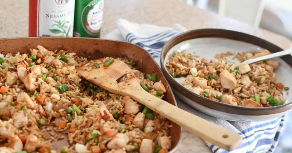 plating chicken fried rice