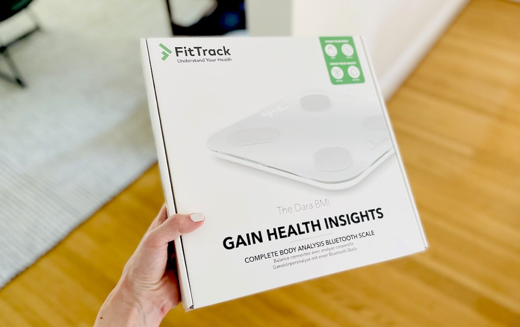 had holding box with fittrack dara smart scale