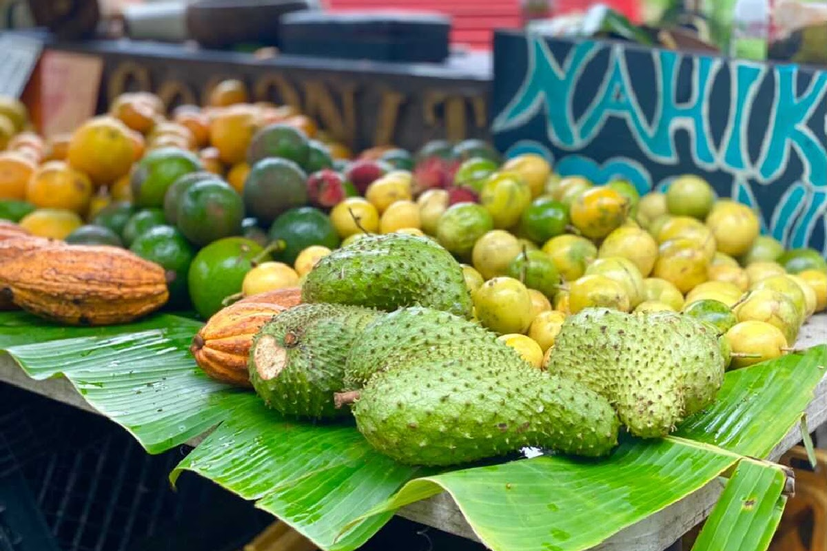 deals on tropical fruits for sale on hawaii vacation
