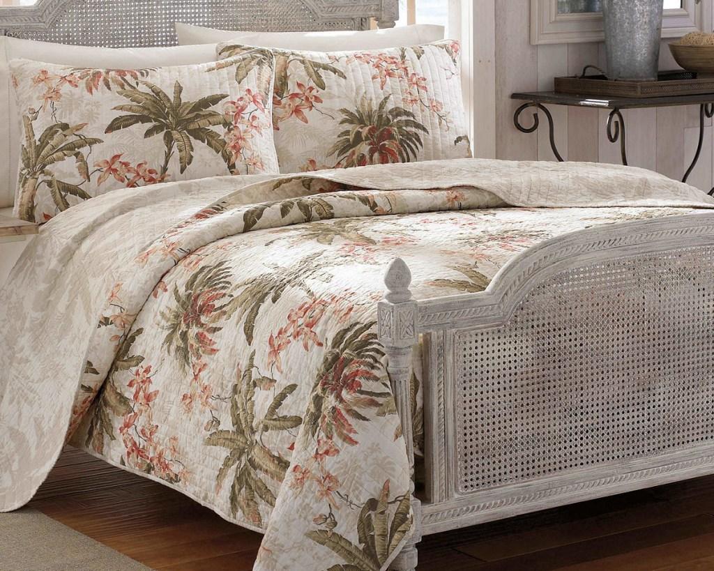 neutral island bedding