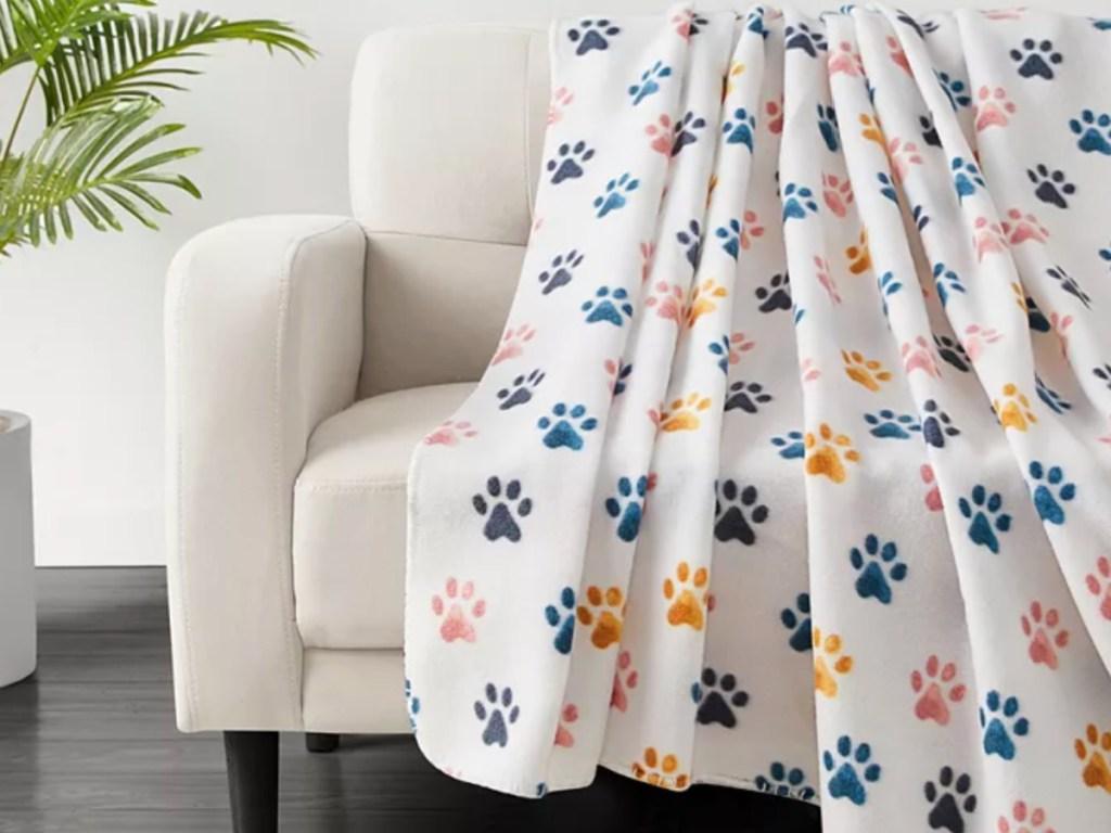 paw print fleece blanket