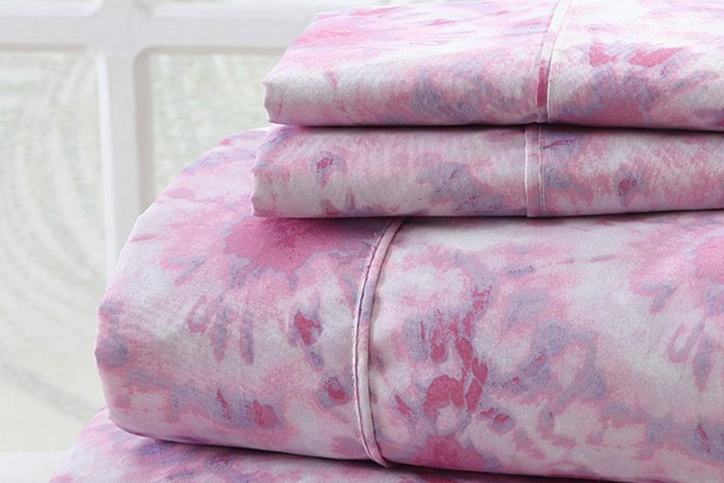 pink tie dye sheets