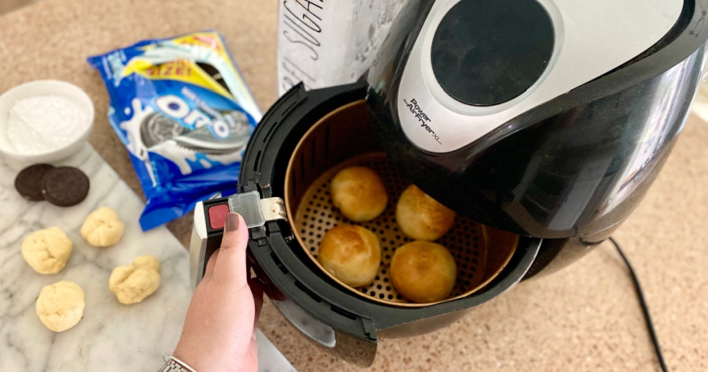taking fried oreos out of air air fryer